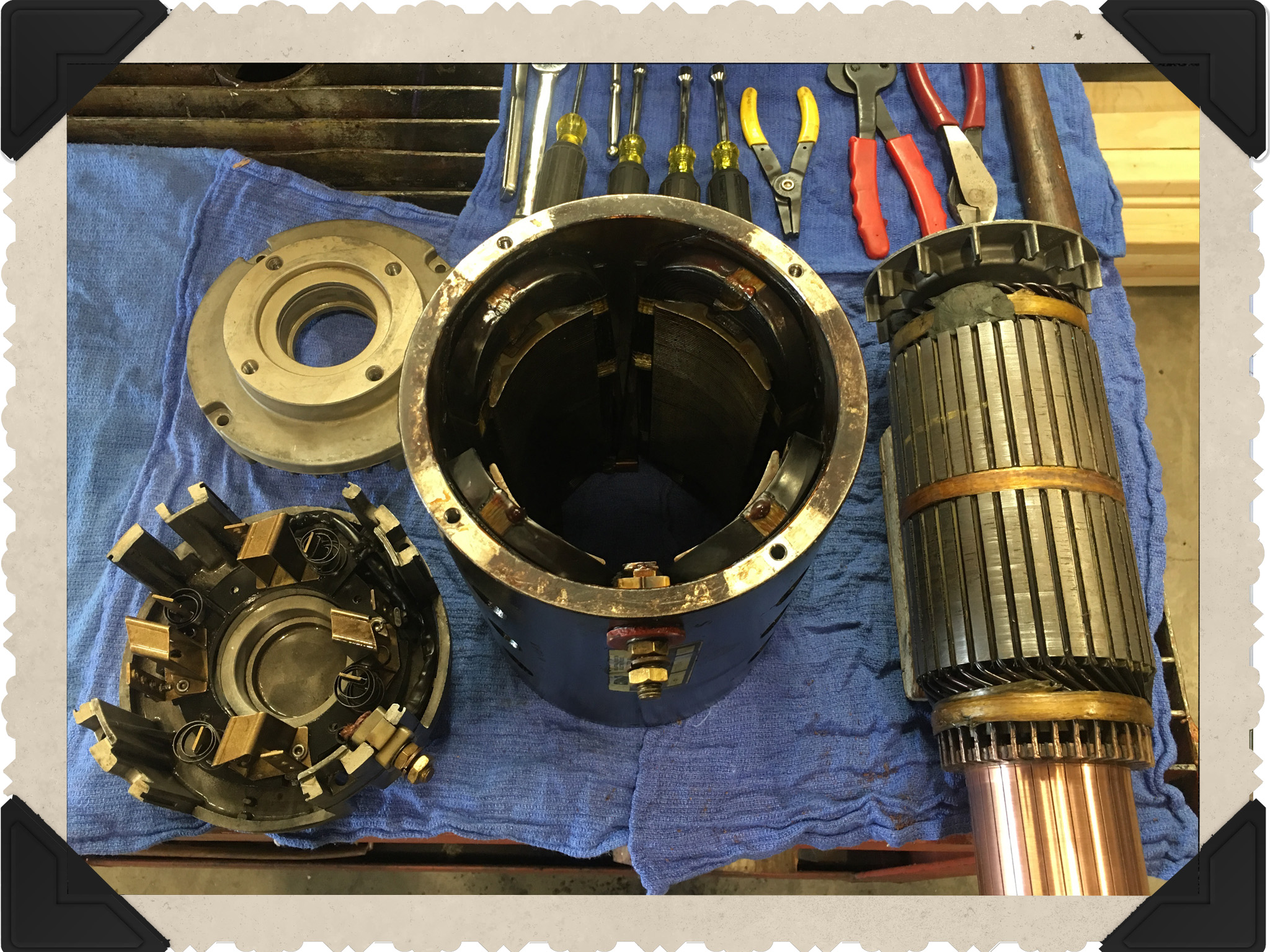 Minor Shaft Damage moreover DaytonParallelShaftDCGearmotor 6A193 additionally Ac Dc Motors also Eng MicL149 also How To Repair An Electric Vehicle Motor. on baldor dc motor brushes